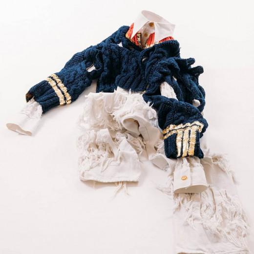 Pra celebrar 30 anos de Pitti Uomo, vai rolar uma exposição com uma retrospectiva da moda masculina com grandes estilistas e marcas! Esse look, por exemplo, é de Vivienne Westwood - pra ver mais é só clicar na foto!
