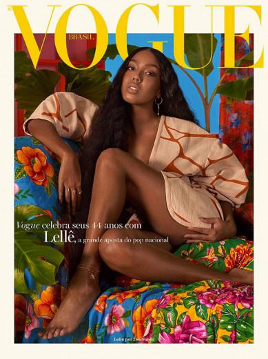 """Lellê na """"Vogue"""" Brasil - ela usa peça da coleção A.Niemeyer pra Riachuelo, que chega nas lojas dia 16/05, e joias Montecarlo. Vem ver mais!"""