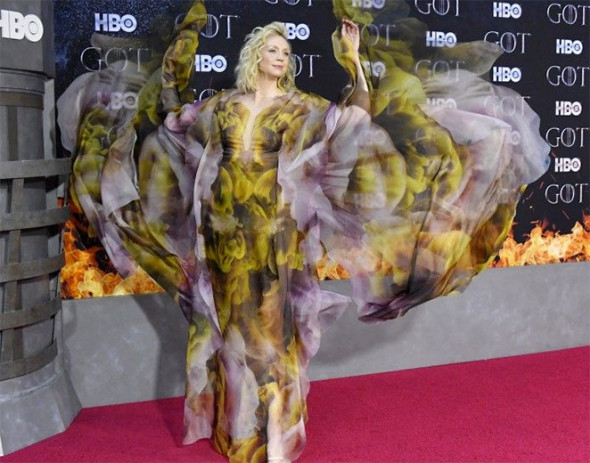 40419-game-of-thrones-gwendoline-christie