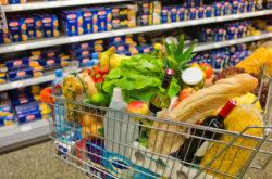Lei obriga higienização de carrinhos e cestos de compra em supermercados