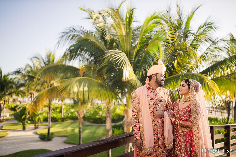 First Look 4 Royalton Riviera Cancun Indian Wedding