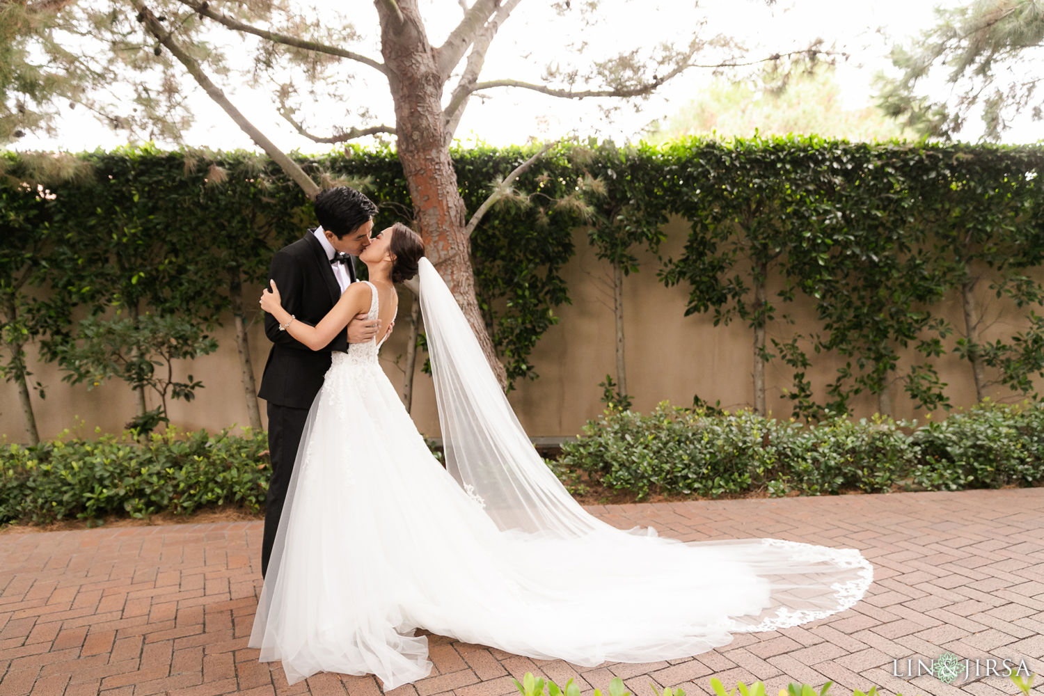 First Look 2 Pelican Hill Newport Beach Wedding