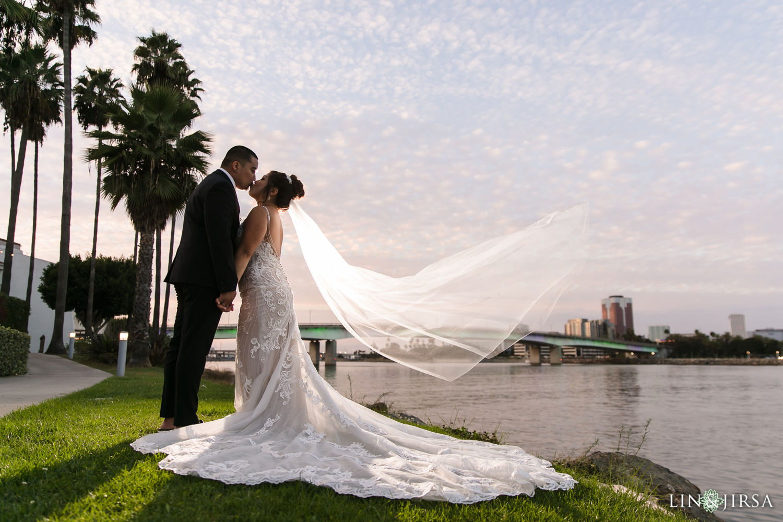 otel Maya Long Beach Samantha and Kristoffer Micro Wedding