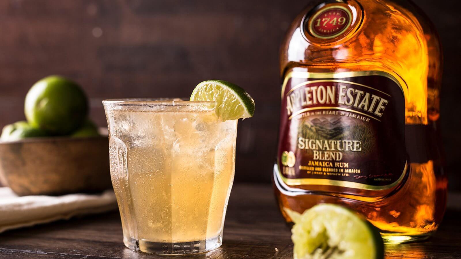 Rum Appleton Drink