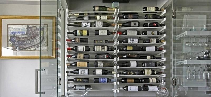 Arkitektura presenta modernos racks para vinos noticia el nuevo d a construcci n - Cavas de vino para casa ...