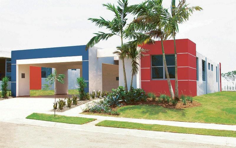 Open house en isla roque estates en barceloneta casas for Fachadas de casas modernas puerto rico
