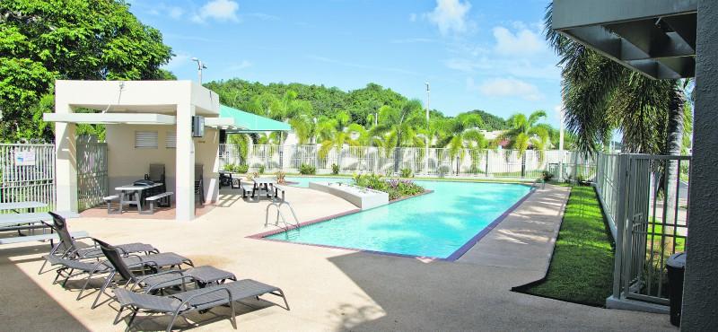 Una vida tipo resort en vega serena casas vega baja for Casas con piscina para alquilar en puerto rico