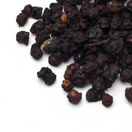 Schizandra berry w 2