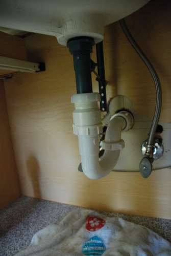 Plumbing Bathroom Sink : installing a bathroom sink plumbing adapters
