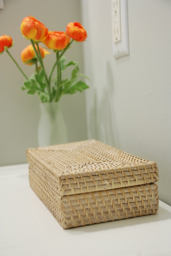 target threshold ranunculus  woven lidded basket