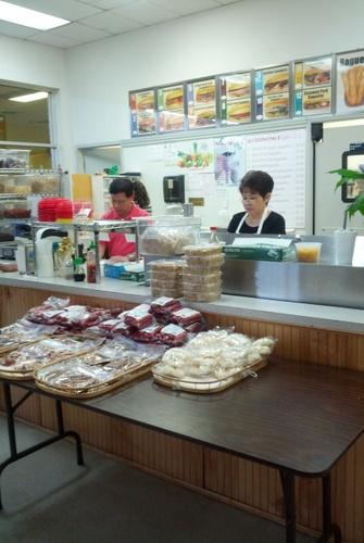 le's sandwich shop tryon charlotte vietnamese
