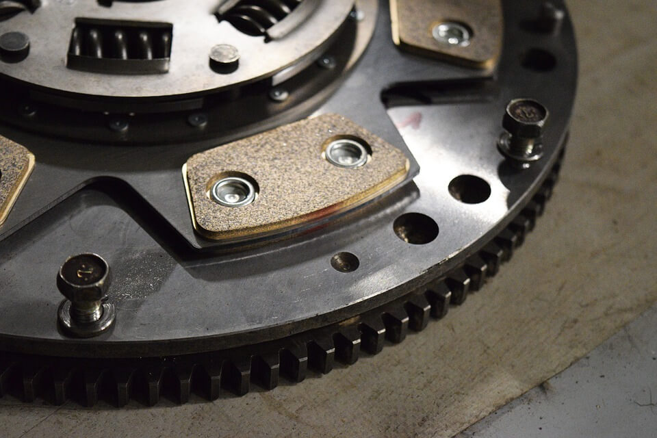 WHY CLUTCH PROBLEMS SHOULD NOT BE IGNORED