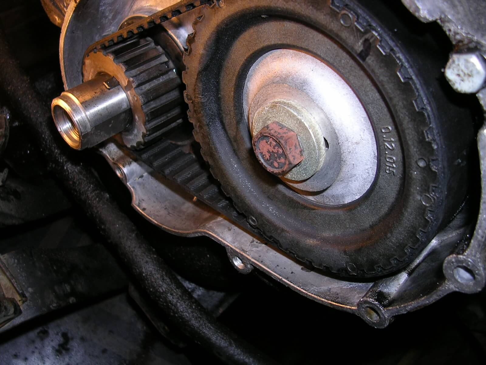 HOW OFTEN SHOULD YOU CHANGE DIFFERENT BELTS OF YOUR CAR?