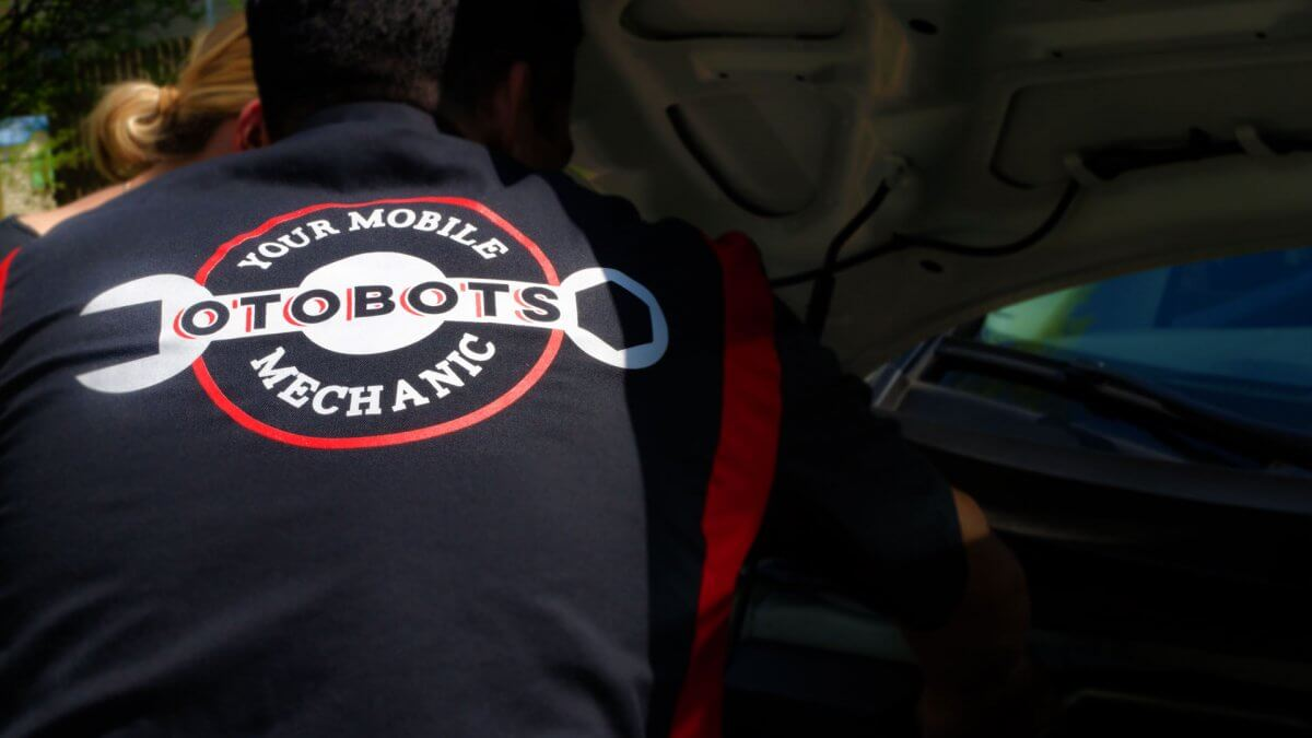 WHERE CAN YOU FIND TRUSTED MECHANICS TO WORK ON YOUR CAR?