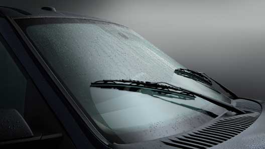 TIPS FOR CLEAR WINDSHIELD OF YOUR CAR