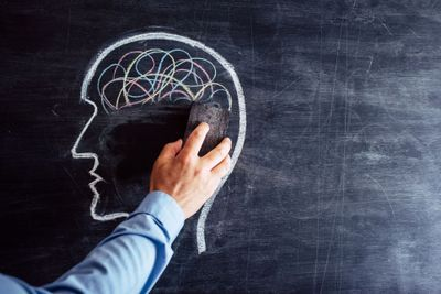 Editor's Focus: Alzheimer's looms large in neuroscience
