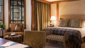 Four Seasons 1 bed premier suite