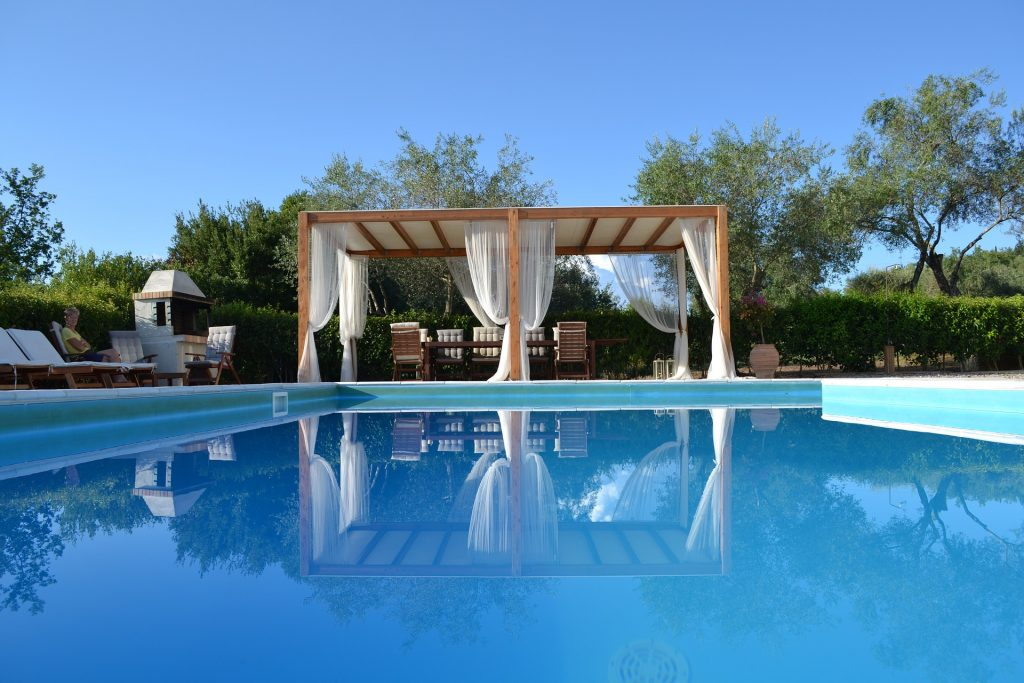 Blog - The Top 5 Reasons to Have Utopian LVH Manage Your Luxury Vacation Home