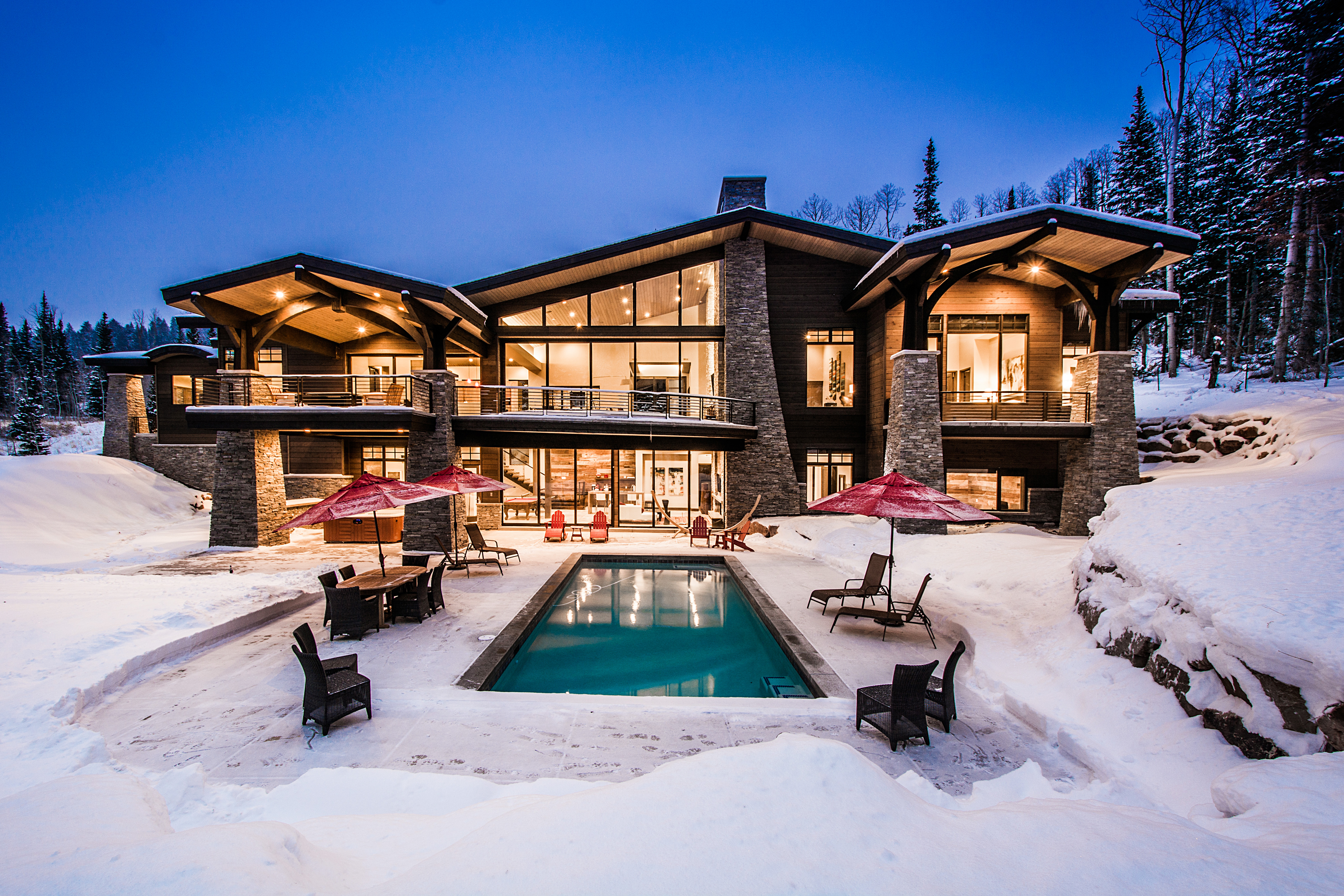 Planning a Luxury Ski Vacation: Hotel or Vacation Rental?