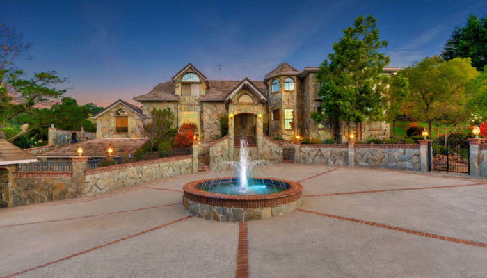Complimentary Pool Heat at Orinda View Estate, CA
