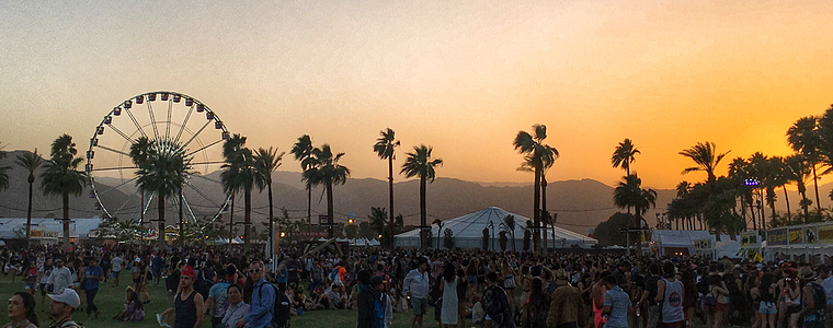 coachella-at-sunset-me-at-my-happiest_t20_WQZKlz