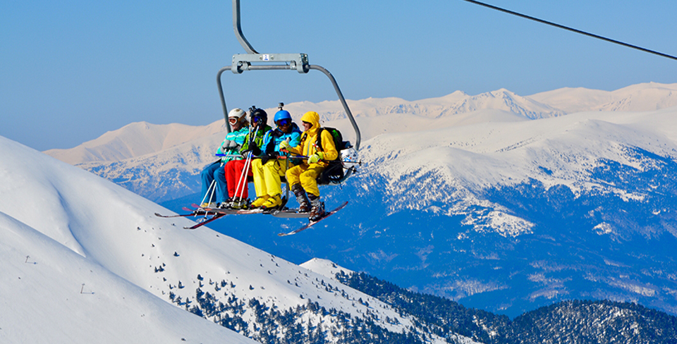 Blog-Full-Width-Image-960w--(2)Ski-Lift-Snow-Mountains-Opulent Vacations