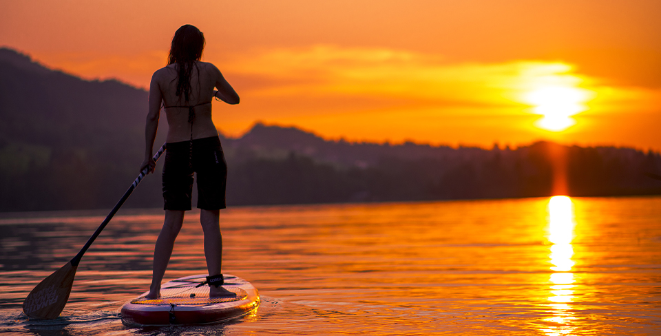 Blog-Full-Width-Image-960w-SUP-Lake-Tahoe-Sunset-Opulent Vacations