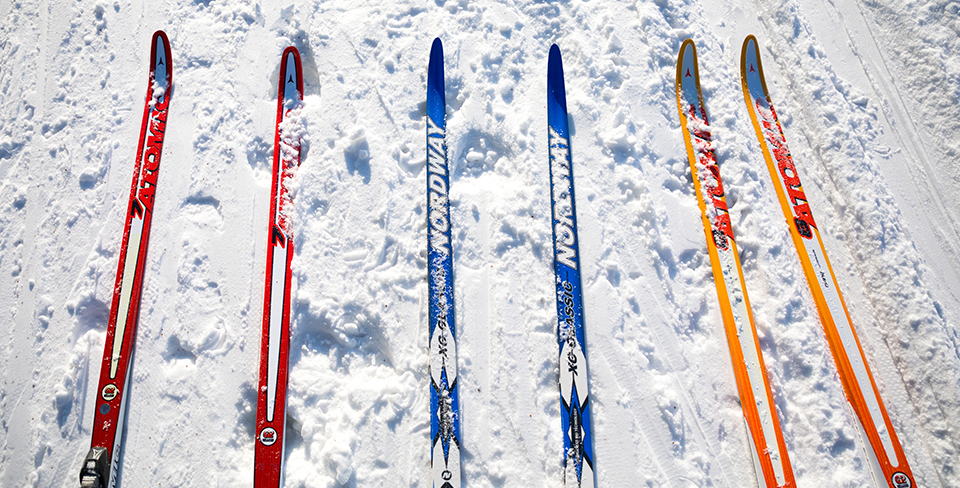 Blog-Full-Width-Image-960w--Skis-snow-Opulent Vacations