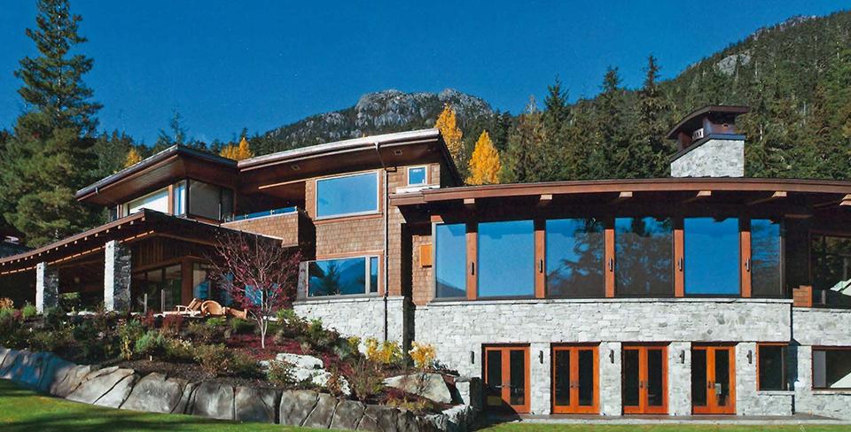 Blog-Full-Width-Image-960w--Stonebridge-Retreat-Whistler-Utopian