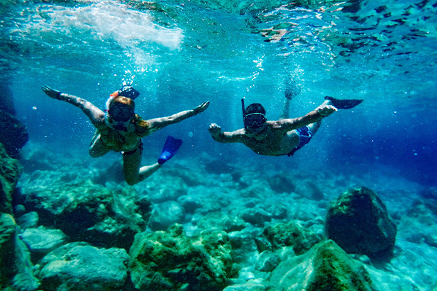 Promo-Tile-Belize-Snorkeling-Ocean-Couple-Utopian
