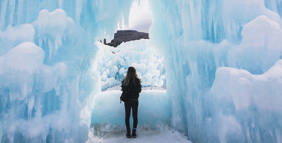 Blog-Full-Width-Image-Midway-Ice-Castles-Girl-Winter