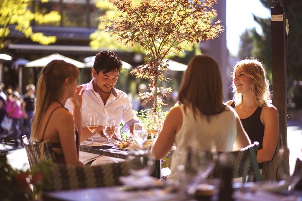 Dining_TourismWhistler_AndrewSrain