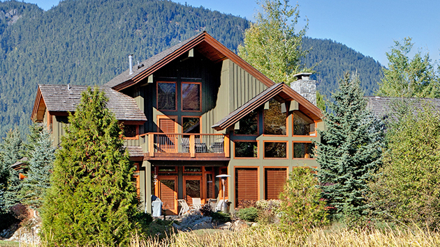 Whistler accommodation luxury homes condos townhomes Whistler cabin rentals