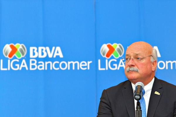 Directivo de la LBM acusa a Enrique Bonilla de robo; asegura que le plagió un par de proyectos deportivos