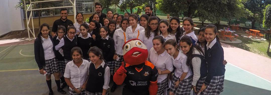 Alebrijes Invitó a Estudiantes al Partido  Ante Murciélagos.