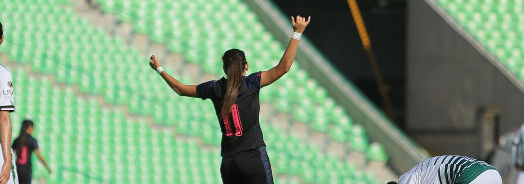 Chivas Acaricia las Semifinales