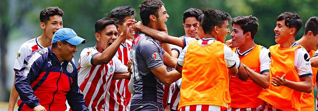 Chivas Ganó el Clásico Nacional y es Finalista del Clausura 2018