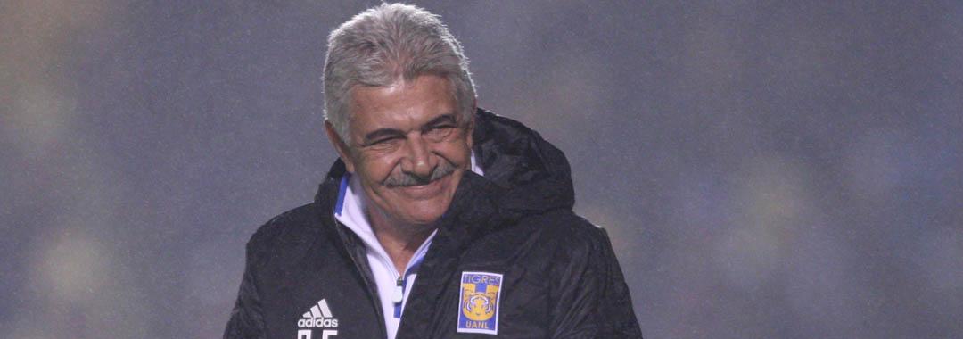 Ricardo Ferretti Igualó la Marca de Partidos Dirigidos.