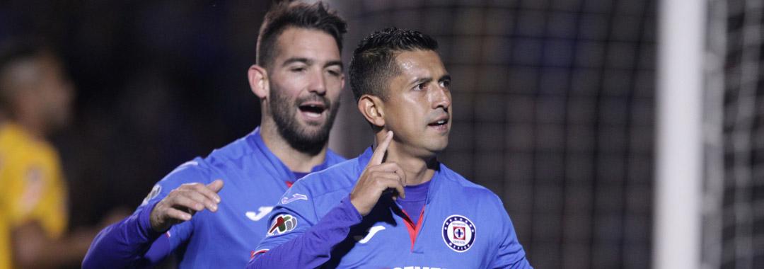 Cruz Azul Ganó en el Estadio Universitario.