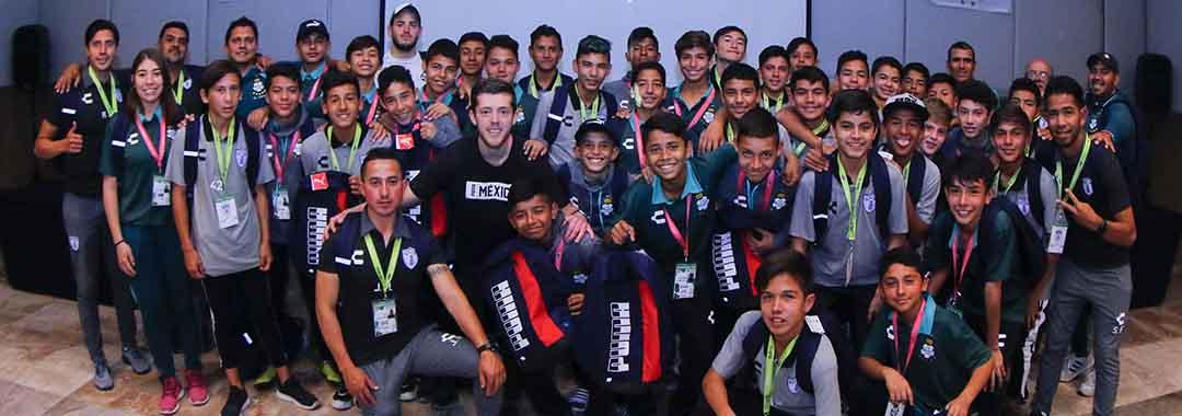 Se Entregó el Kit Puma a Los Equipos Finalistas