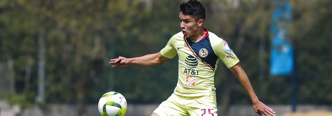 Iván Moreno Debutó con las Águilas
