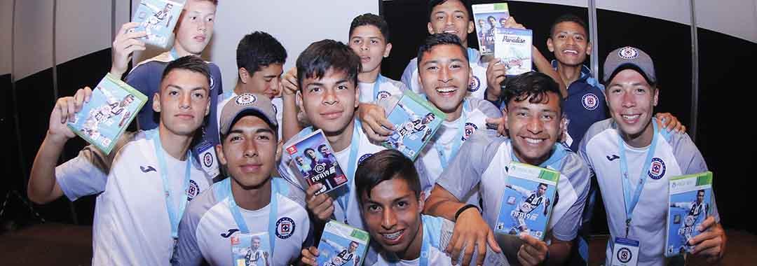 Cruz Azul Campeón Del Torneo EA Sports
