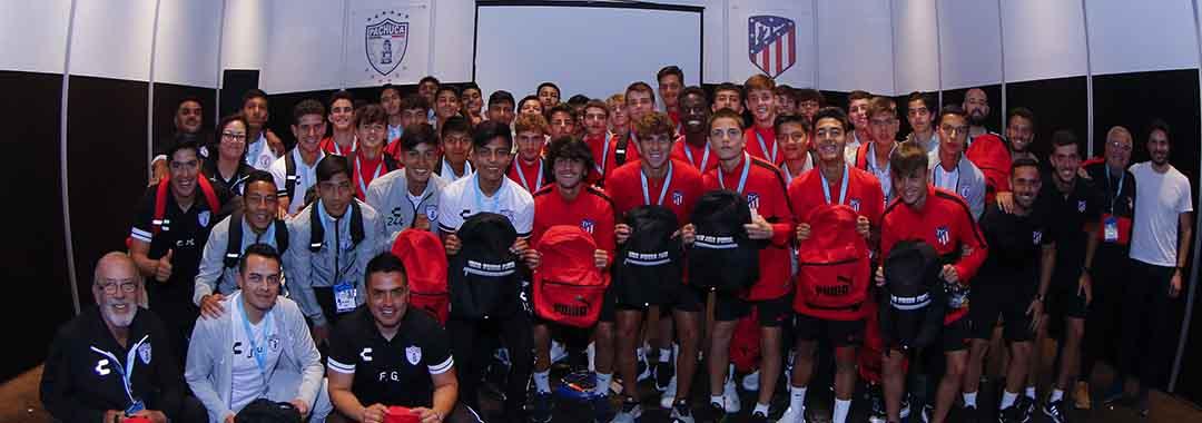 Puma Entregó Kits a Los Finalistas