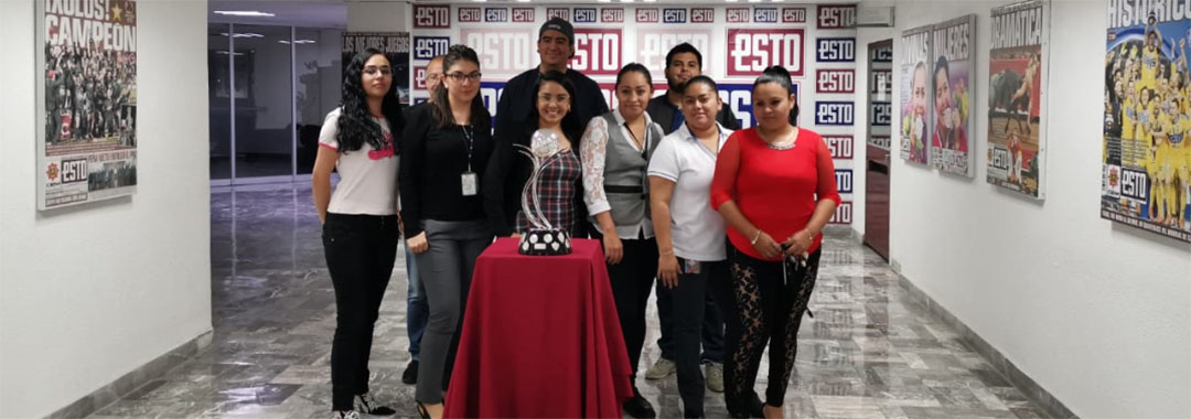 El Trofeo de la LIGA BBVA MX Femenil Visitó Medios de Comunicación