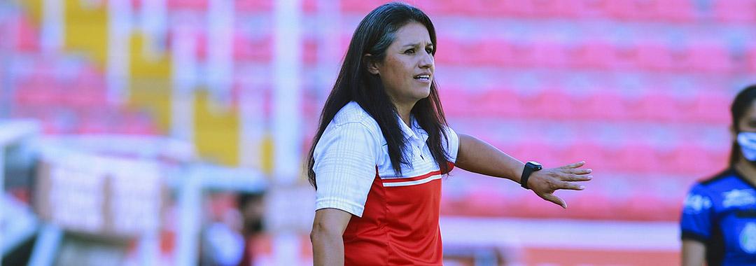 Fabiola Vargas Dejó de Ser Directora Técnica de Necaxa
