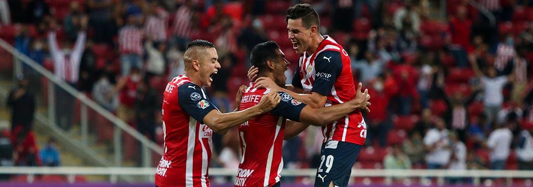 Chivas Rescató el Empate al 93'