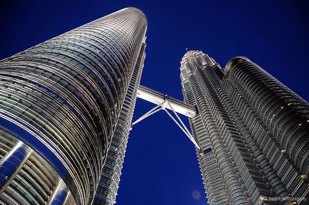Petronas Towers. travel, architecture, buildings, cityscape, malaysia, kualalumpur, petronastowers. buy photo