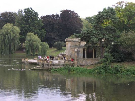 Hever Castle Gardens. uk, england, kent, hever. buy photo