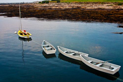 Dinghies at the Isles of Shoals, New Hampshire. boat, newhampshire, boating, rowboat, dinghy, rowboats, dinghies, islesofshoals. buy photo