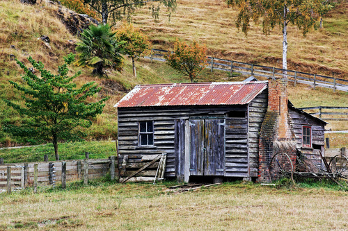 Picturesque decay at Pig Valley. newzealand, house, rural, countryside, decay, farm, country, nelson, southisland, wakefield, farms, shack, roadside, dilapidation, dilapidated, pigvalley. buy photo